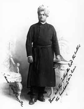 Swami Vivekananda during a photo shoot in Chicago. Standing pose.