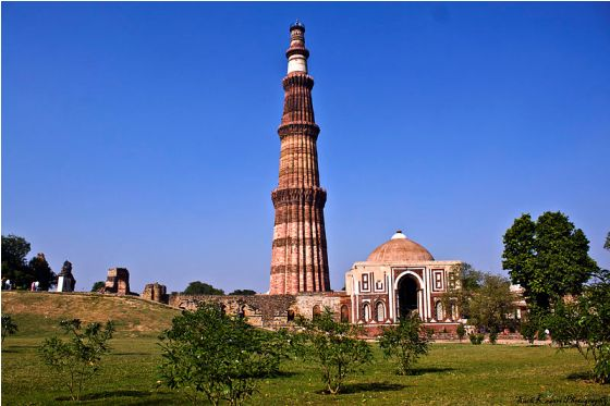 Qutab Minar is located in Mehrauli, New Delhi. It is a World Heritage Site.